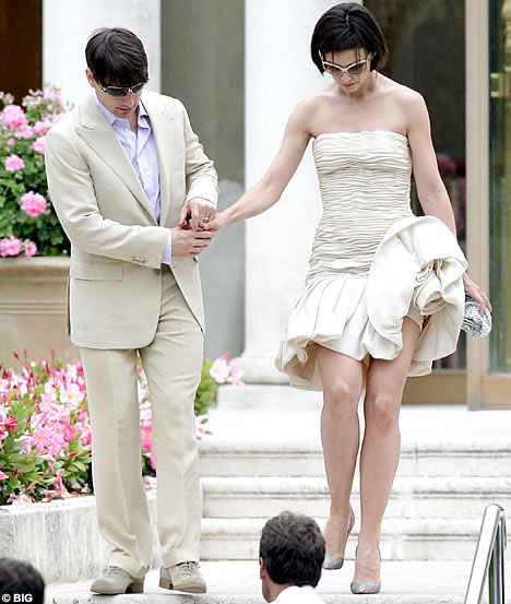 katie holmes and tom cruise height difference. Height differences
